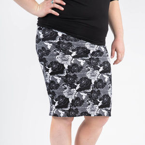 Pencil Skirt Roses and Rounds Black